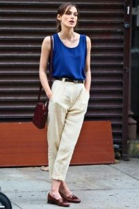blusa-sin-mangas-pantalon-de-vestir-mocasin-con-borlas-bolso-bandolera-correa-large-11951